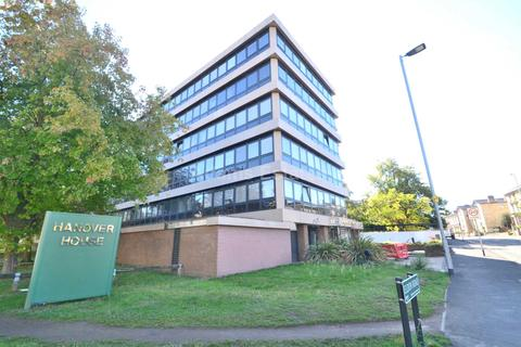 1 bedroom apartment to rent - Hanover House, Kings Road, Reading