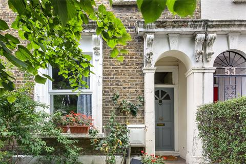 3 bedroom terraced house for sale - Manbey Grove, London, E15