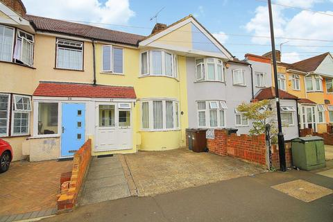 3 bedroom terraced house for sale - Sunningdale Avenue, Feltham, TW13