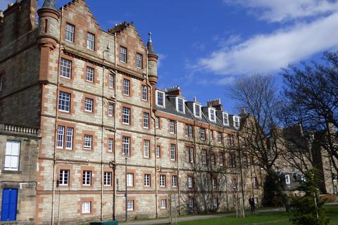1 bedroom flat to rent - Flat 1F1, 2 Boroughloch Square