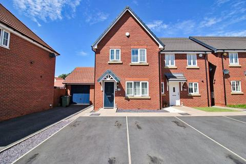 3 bedroom semi-detached house for sale - New Croft Drive, Willenhall