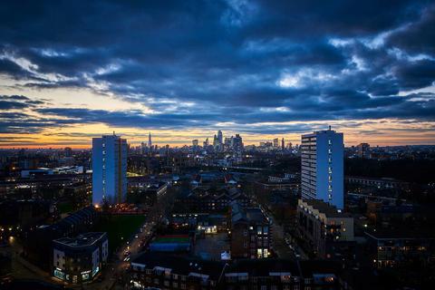 3 bedroom apartment for sale - Plot S3, Skyline 3 at Lime Quarter, Devons Road, London E3