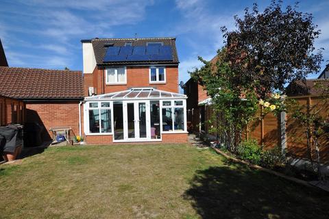 7 bedroom detached house for sale - Hopkins Mead, Chelmer Village, Chelmsford, CM2