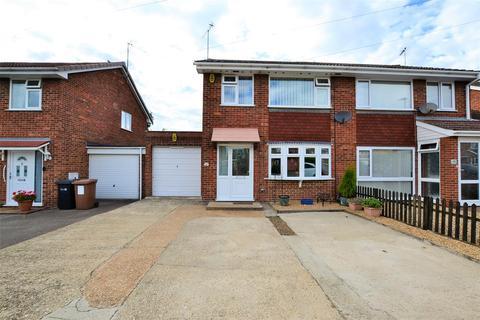 3 bedroom semi-detached house for sale - Burnham Avenue, King's Lynn