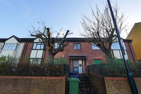 2 bedroom flat - Allendale Road, Farringdon, Sunderland