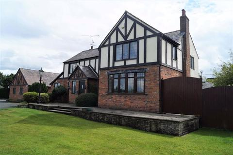 4 bedroom detached house for sale - The Chequer, Whitchurch, SY13