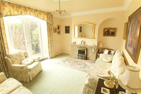 3 bedroom semi-detached house for sale - Derrymore Road, Willerby