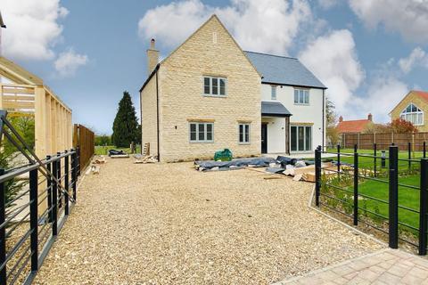 4 bedroom detached house for sale - Church Lane, Helpston, Peterborough