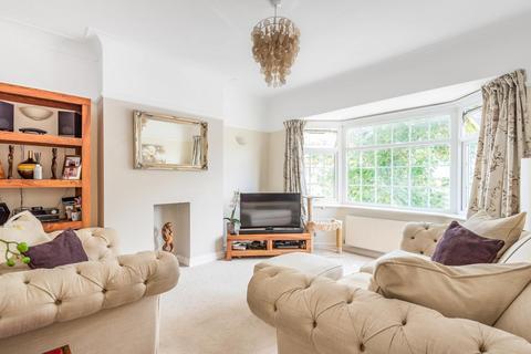 2 bedroom flat for sale - Ashbourne Road, Mitcham