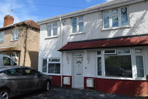 2 bedroom maisonette to rent - Whiteford Road, Slough, Berkshire. SL2 1JX