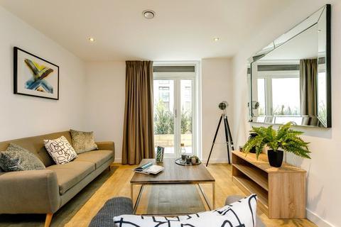 2 bedroom flat to rent - Exchange Square, The Priory Queensway, Birmingham, B4