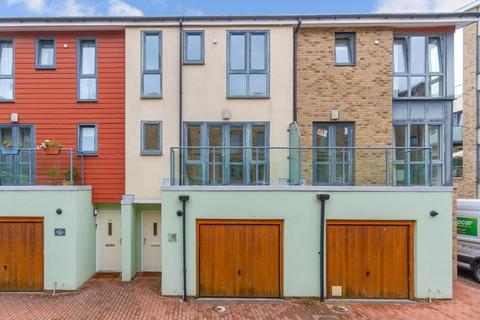 3 bedroom townhouse for sale - Scholars Walk, Cambridge