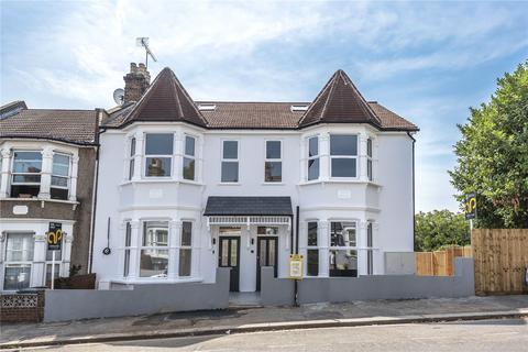 3 bedroom flat for sale - Hewitt Road, London, N8