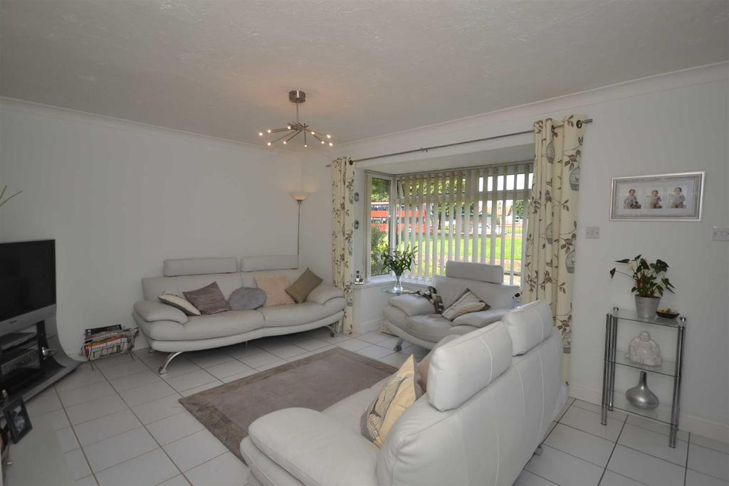 3 Bedrooms Terraced House for sale in Washington Road, Hylton Castle, Sunderland