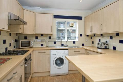 2 bedroom apartment to rent - Vauxhall Grove, London, SW8