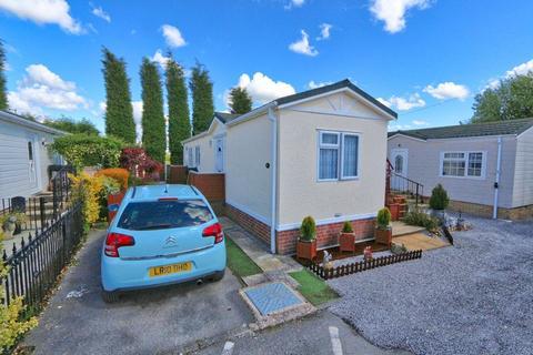 1 bedroom mobile home for sale - 21 rixton park homes