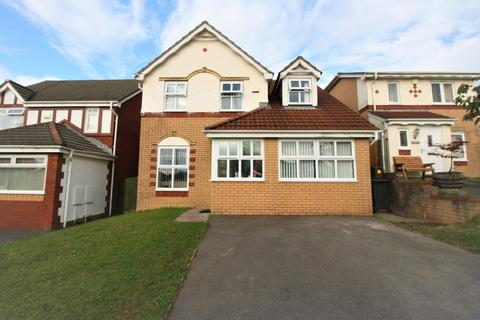 4 bedroom detached house for sale - Crosswells Way, Cardiff