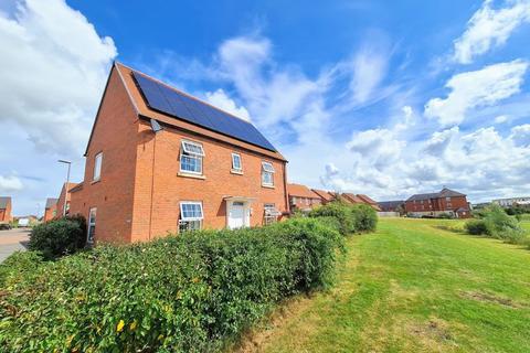3 bedroom detached house for sale - Corncockle Close, Melksham