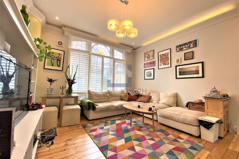 2 bedroom flat to rent - Clapham Road, Clapham North, SW9 9BT