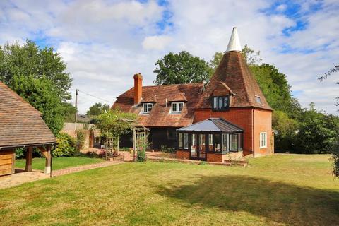 3 bedroom detached house for sale - Fosten Green, Cranbrook, Kent, TN27 8ER