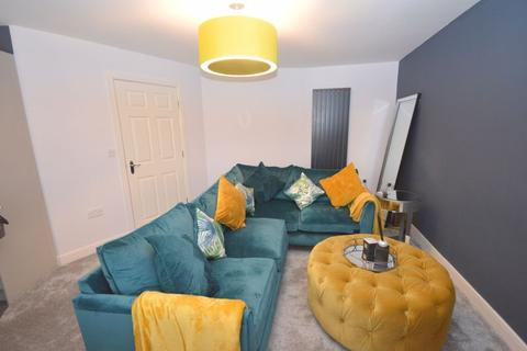 2 bedroom apartment for sale - Holly Farm Court, Widnes