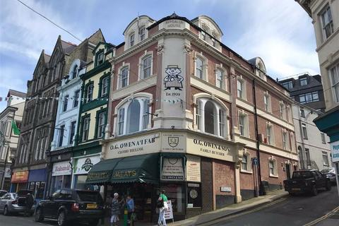 Property to rent - 2 Bangor Street, Caernarfon, Gwynedd