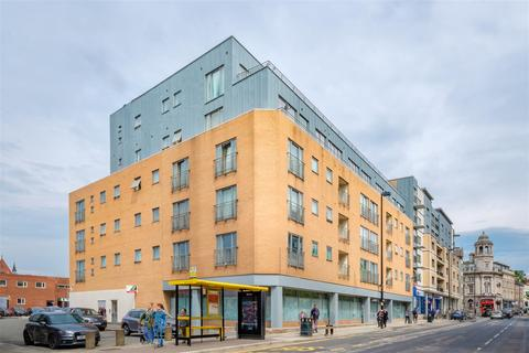 1 bedroom apartment - Tommy Lee's House, Falkland Street, Liverpool