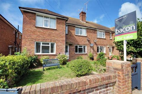3 bedroom flat for sale - Southview Gardens, Goring, West Sussex, BN11