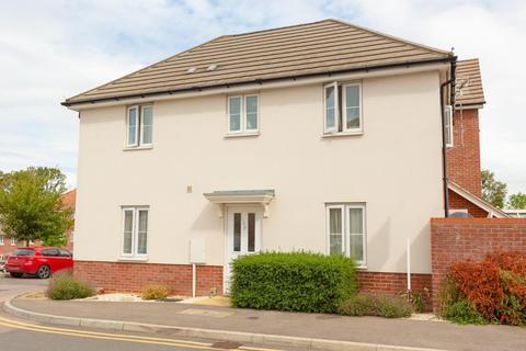 3 bedroom detached house for sale - Talmead Road, Herne Bay