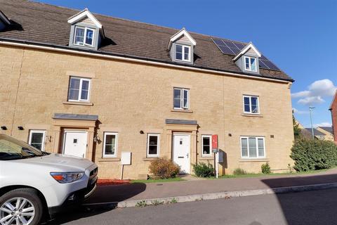 3 bedroom townhouse for sale - Greenacre Way, Bishops Cleeve, Cheltenham