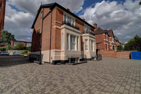 2 bedroom apartment to rent - Warwick New Road, Leamington Spa
