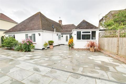 2 bedroom bungalow for sale - Ocean Drive, Ferring, Worthing, BN12