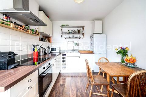 2 bedroom apartment for sale - Frobisher Road, Hornsey, London, N8
