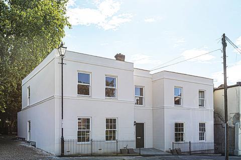 2 bedroom flat for sale - Brandram Road Lewisham SE13