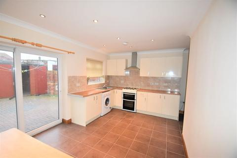4 bedroom semi-detached house for sale - Norman Avenue, Southall UB1