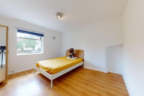 3 bedroom house to rent - Redbridge Lane West, London