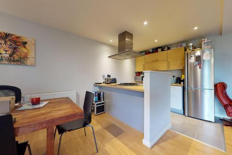 2 bedroom flat to rent - Tequila Wharf, Commercial Road, London