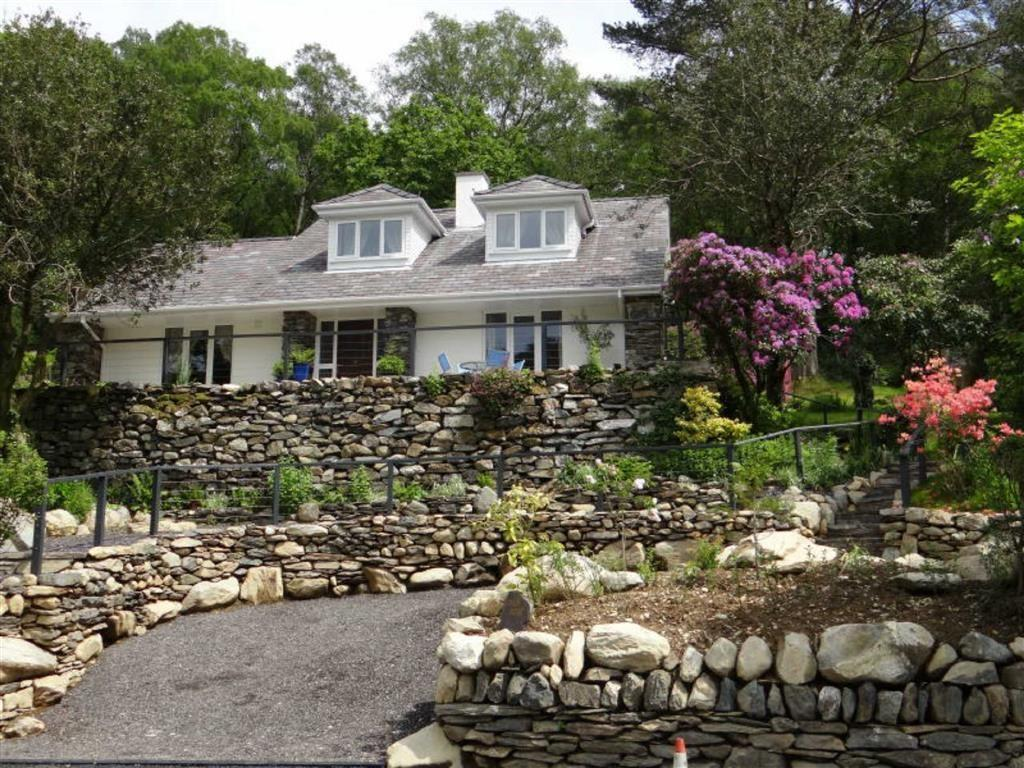4 Bedrooms Detached House for sale in Capel Curig