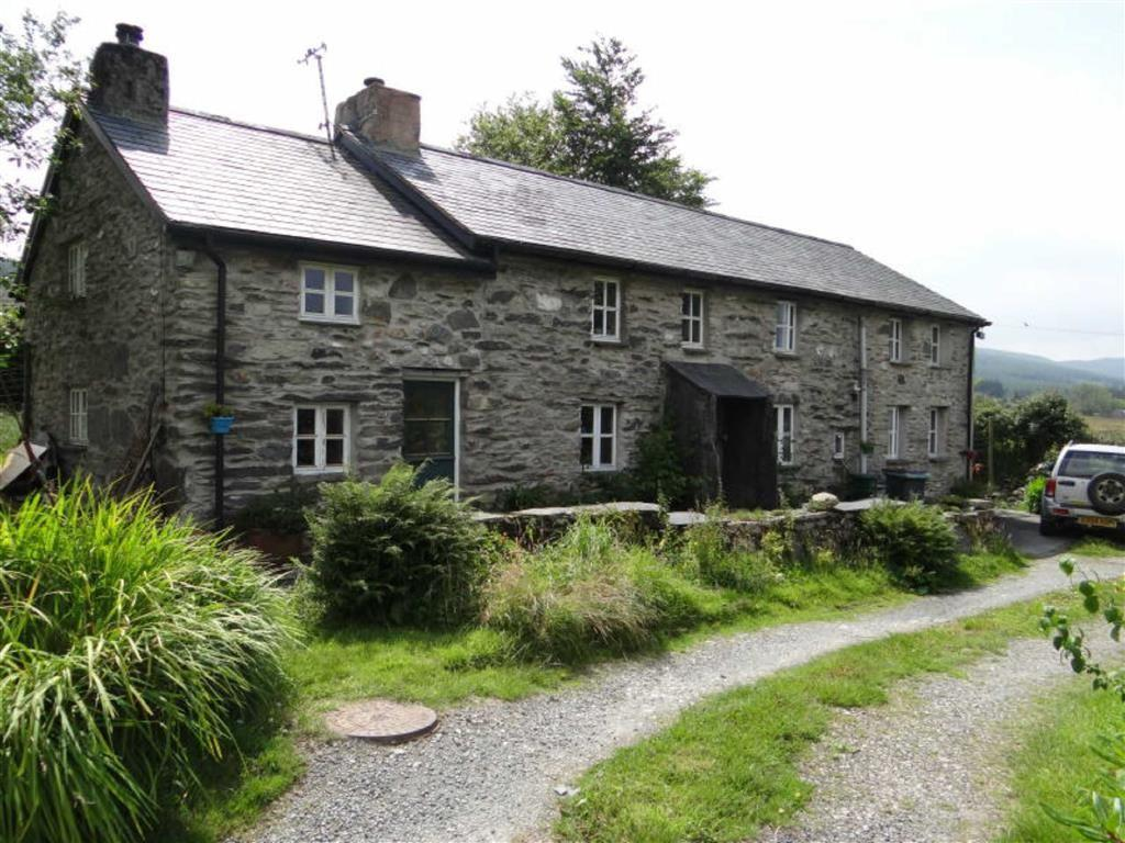 3 Bedrooms Detached House for sale in Penmachno Betws-Y-Coed, Betws Y Coed