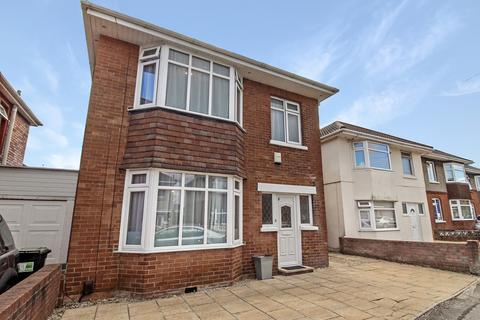 4 bedroom detached house to rent - Draycott Road, Bournemouth, Dorset, BH10