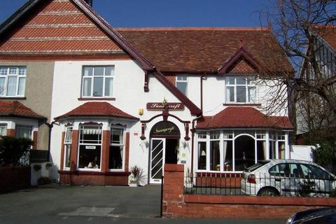 Guest house for sale - 4 Claremont Road, Llandudno, Conwy