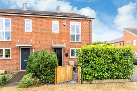 3 bedroom semi-detached house for sale - Discovery Street, Aylesbury, HP18