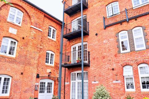 2 bedroom apartment - Brew Tower Barley Way, Marlow