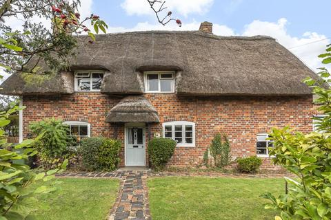 3 bedroom cottage for sale - Chalgrove,  Oxfordshire,  OX44