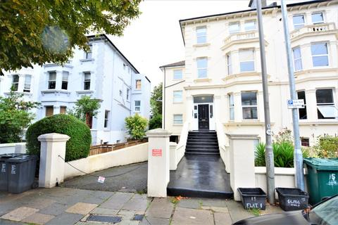 2 bedroom flat to rent - Springfield Road, Brighton, BN1