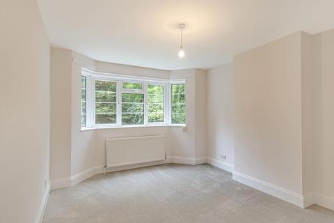 2 bedroom flat - Victoria Crescent, Crystal Palace