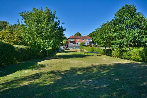 4 bedroom semi-detached house for sale - Pulborough