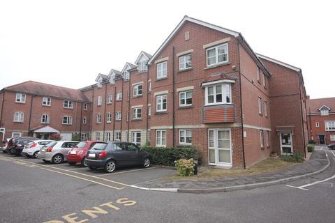 2 bedroom flat - CASTLE STREET, SALISBURY, WILTSHIRE, SP1 3WE