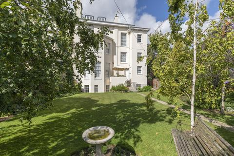 3 bedroom apartment for sale - Pittville Circus, Cheltenham GL52 2PU