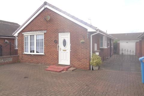 2 bedroom detached bungalow for sale - Stanbury Road, Hull